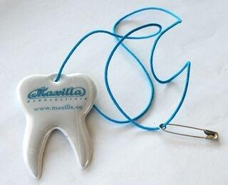 Maxilla hambakujuline helkur.